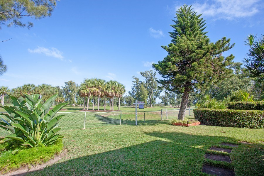 Real Estate Photography - 925 S Shore Dr, Miami Beach, FL, 33141 - Back Yard
