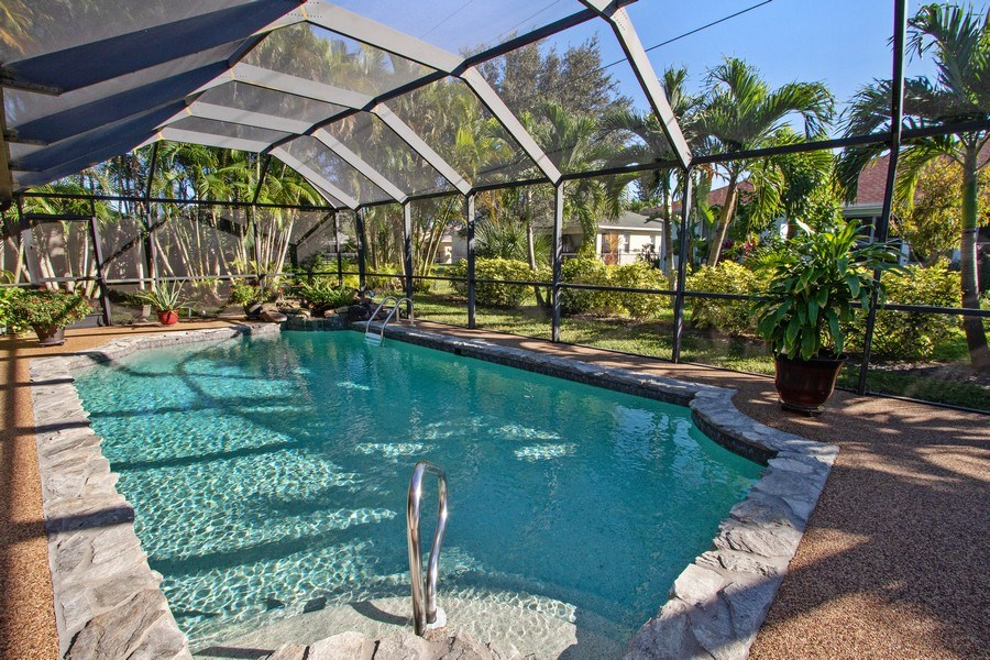 Real Estate Photography - 246 SW 39th St, Cape Coral, FL, 33914 - Pool