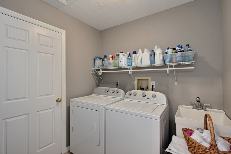 Real Estate Photography - 246 SW 39th St, Cape Coral, FL, 33914 - Laundry Room