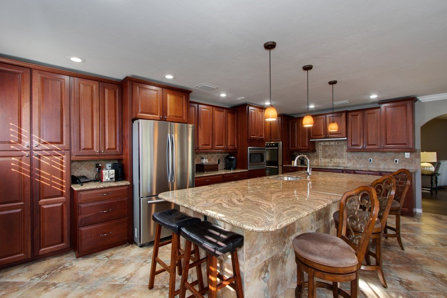 Real Estate Photography - 246 SW 39th St, Cape Coral, FL, 33914 - Kitchen