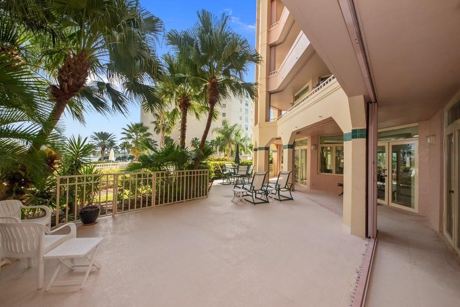Real Estate Photography - 300 SE 5th Ave, Unit 2140, Boca Raton, FL, 33432 - Patio