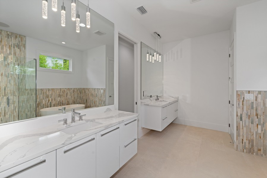 Real Estate Photography - 1560 Bryan Ave, Winter Park, FL, 32789 - Master Bath
