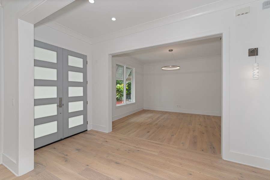 Real Estate Photography - 1560 Bryan Ave, Winter Park, FL, 32789 - Foyer