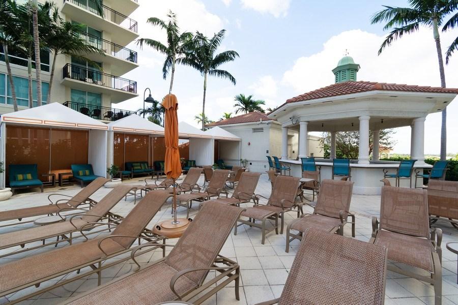 Real Estate Photography - 610 W Las Olas Blvd, Unit 1213, Fort Lauderdale, FL, 33312 - Pool