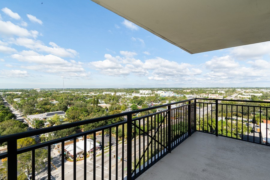 Real Estate Photography - 610 W Las Olas Blvd, Unit 1213, Fort Lauderdale, FL, 33312 - Balcony