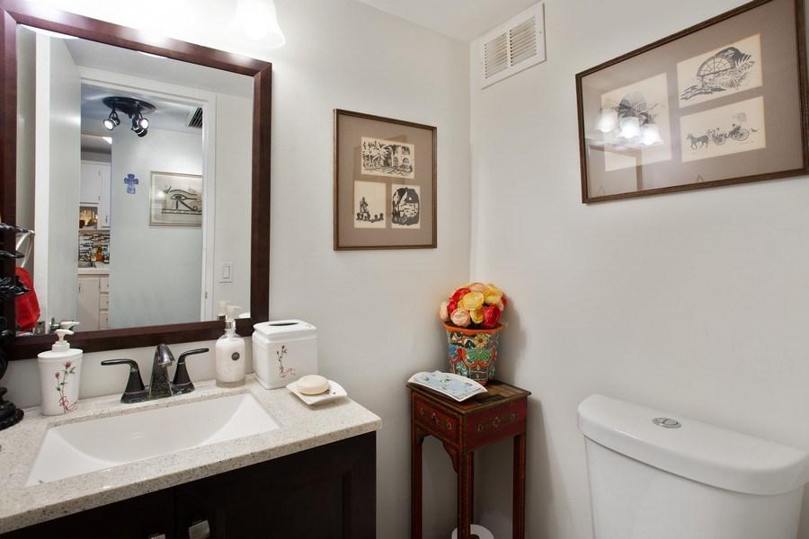 Real Estate Photography - 1228 West Ave, 405, Miami Beach, FL, 33139 - Half Bath