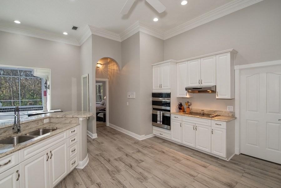 Real Estate Photography - 297 LESLIE LANE, LAKE MARY, FL, 32746 - KITCHEN