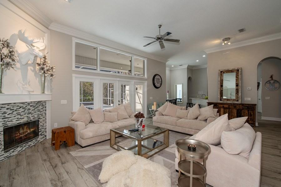 Real Estate Photography - 297 LESLIE LANE, LAKE MARY, FL, 32746 - FAMILY ROOM