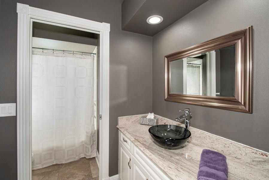 Real Estate Photography - 297 LESLIE LANE, LAKE MARY, FL, 32746 - BATHROOM TWO