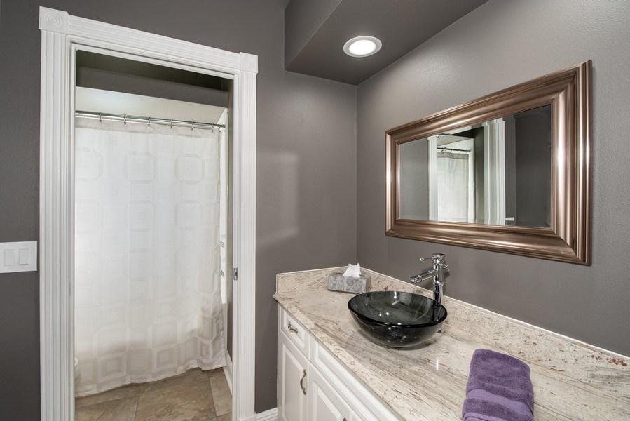 Real Estate Photography - 297 LESLIE LANE, LAKE MARY, FL, 32746 - BATHROOM TWO