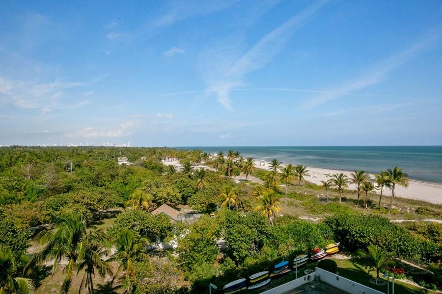 Real Estate Photography - 177 Ocean Lane Dr, Unit 702, Key Biscayne, FL, 33149 - Ocean View