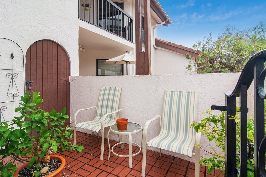 Real Estate Photography - 6080 SE Martinique Dr, Apt 202, Stuart, FL, 34997 - Courtyard