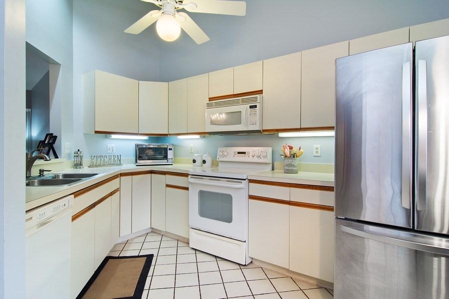 Real Estate Photography - 6080 SE Martinique Dr, Apt 202, Stuart, FL, 34997 - Kitchen