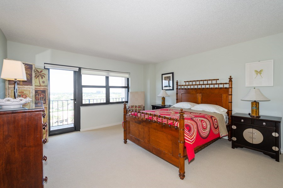 Real Estate Photography - 4900 N Ocean Blvd, 1117, LAUDERDALE BY THE SEA, FL, 33308 - 2nd Bedroom