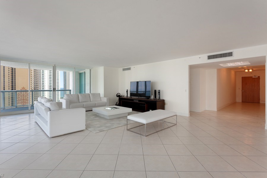 Real Estate Photography - 16400 Collins Ave, 1641, Sunny Isles Beach, FL, 33160 - Living Room