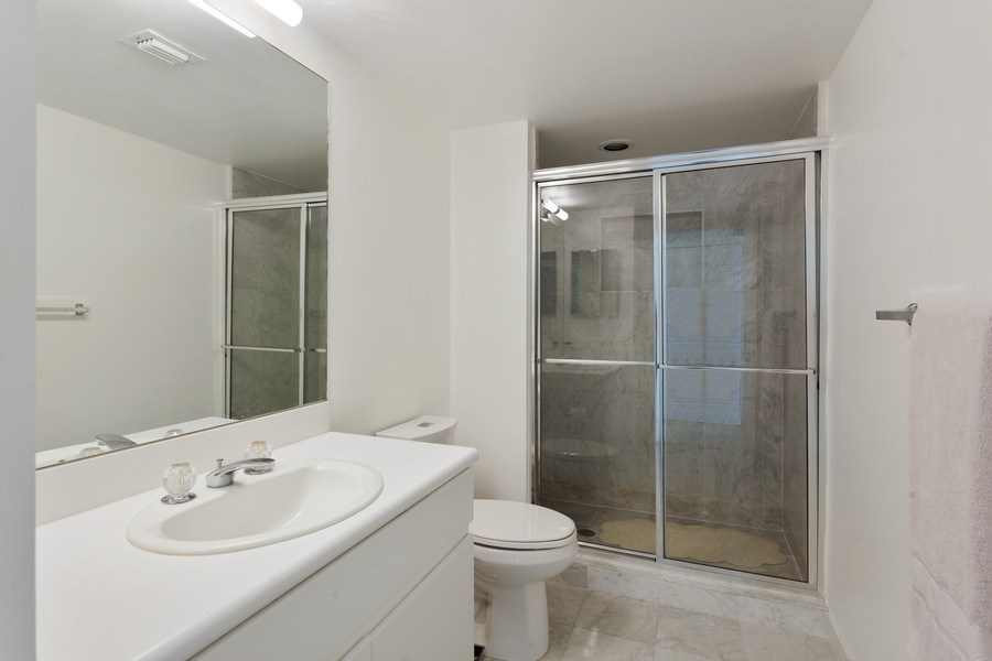 Real Estate Photography - 16400 Collins Ave, 1641, Sunny Isles Beach, FL, 33160 - Bathroom