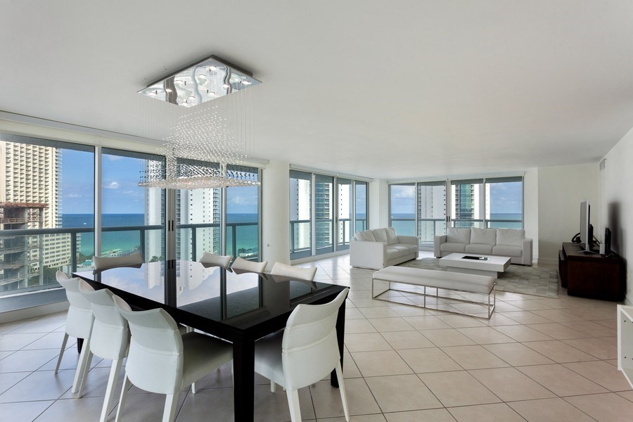 Real Estate Photography - 16400 Collins Ave, 1641, Sunny Isles Beach, FL, 33160 - Living Room/Dining Room