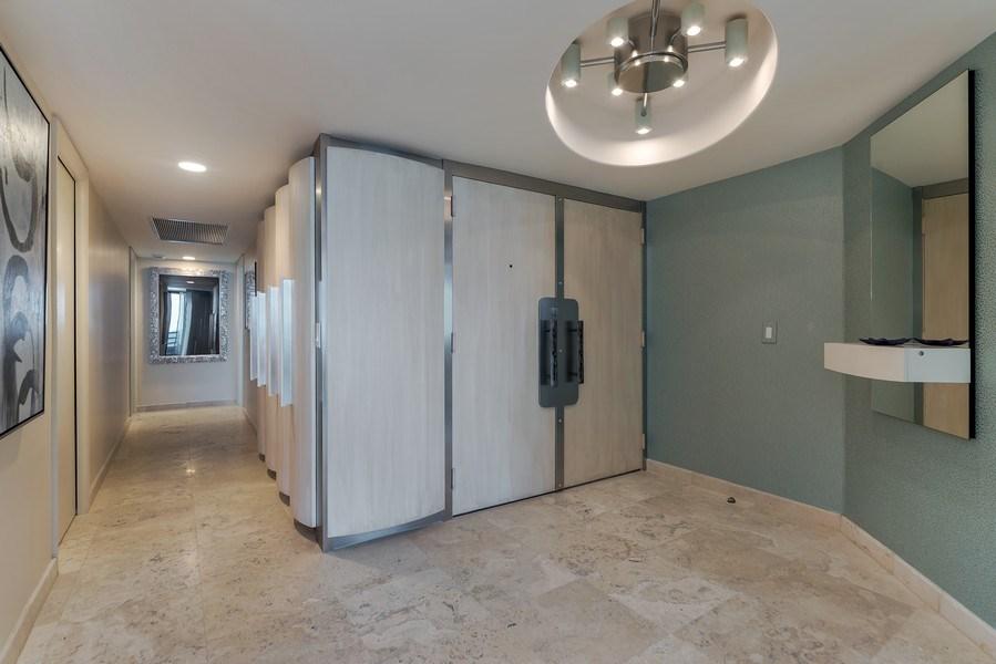 Real Estate Photography - 1400 S Ocean Blvd, Unit N604, Boca Raton, FL, 33432 - Foyer