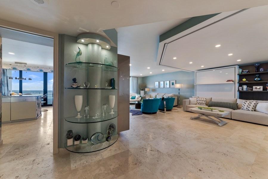 Real Estate Photography - 1400 S Ocean Blvd, Unit N604, Boca Raton, FL, 33432 - Entryway