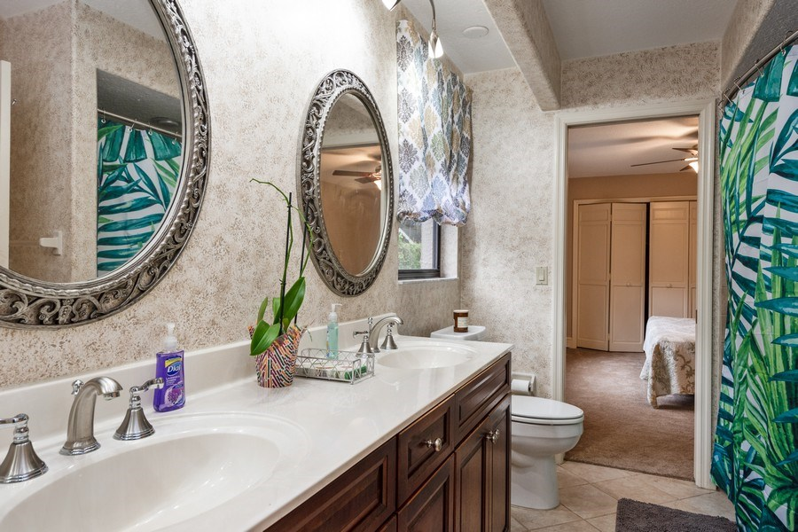 Real Estate Photography - 6513 Stonington South, Tampa, FL, 33647 - 3rd Bathroom