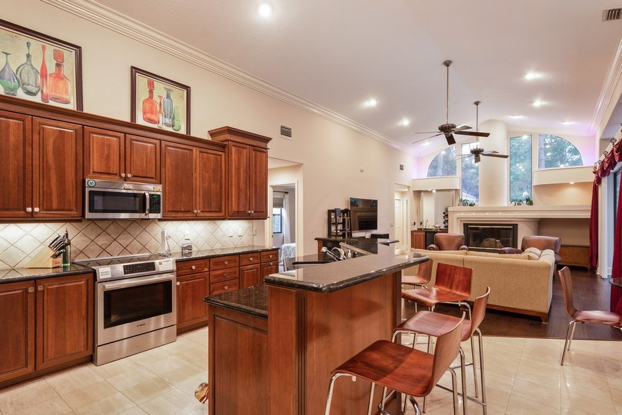 Real Estate Photography - 6513 Stonington South, Tampa, FL, 33647 - Kitchen