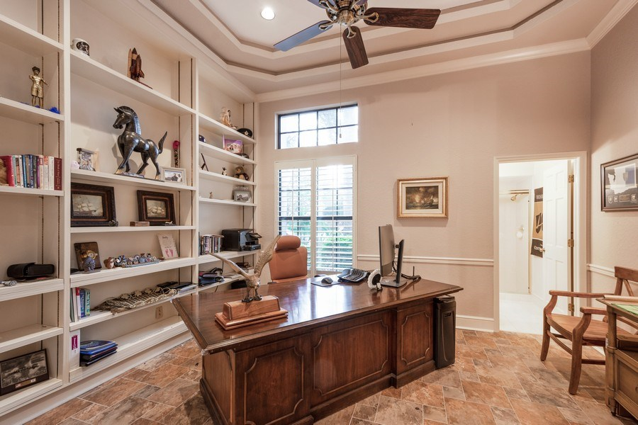 Real Estate Photography - 6513 Stonington South, Tampa, FL, 33647 - Office