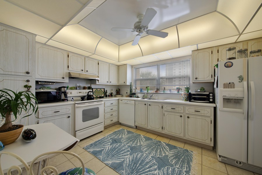 Real Estate Photography - 3224 S ocean Blvd, Apt 216B, Highland Beach, FL, 33487 - Kitchen
