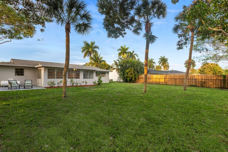 Real Estate Photography - 1190 SW 14th St, 4100 NW 28th Way, Boca Raton, FL, 33486 - Rear View