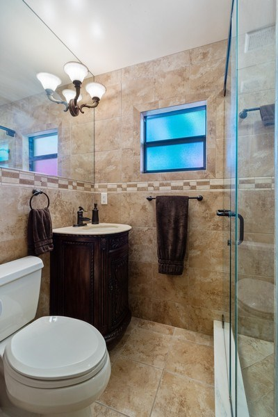 Real Estate Photography - 1324 NE 16 Terrace, Fort Lauderdale, FL, 33304 - Master Bathroom