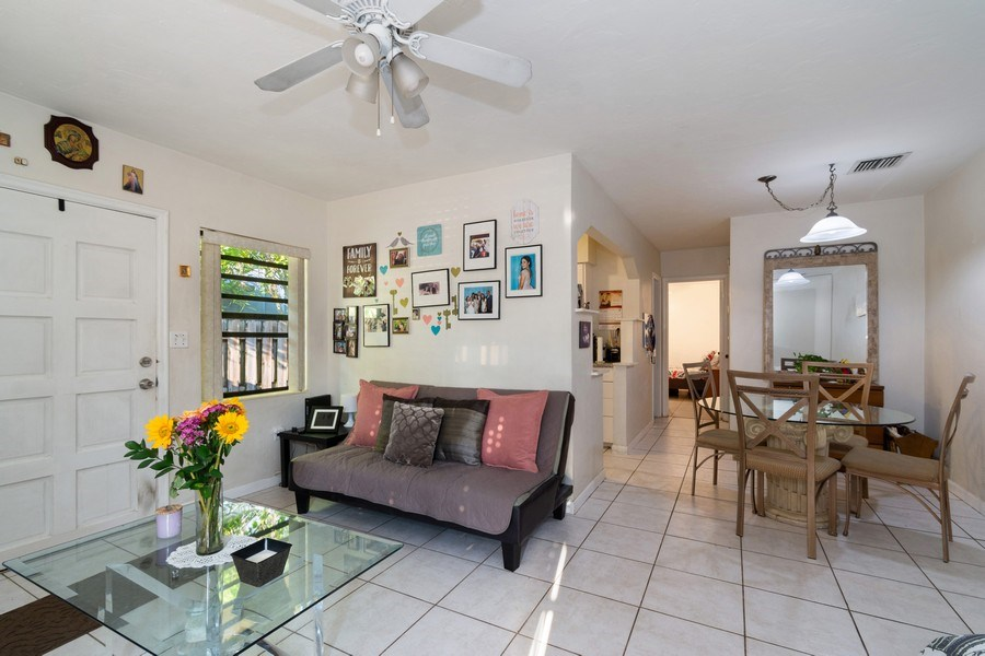 Real Estate Photography - 1324 NE 16 Terrace, Fort Lauderdale, FL, 33304 - Rental Apartment Living Room