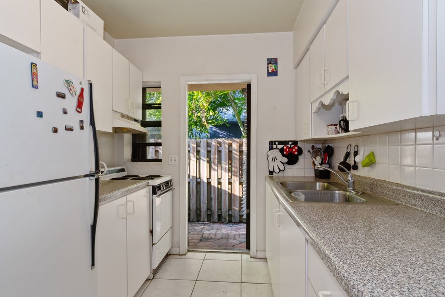 Real Estate Photography - 1324 NE 16 Terrace, Fort Lauderdale, FL, 33304 - Rental Apartment Kitchen