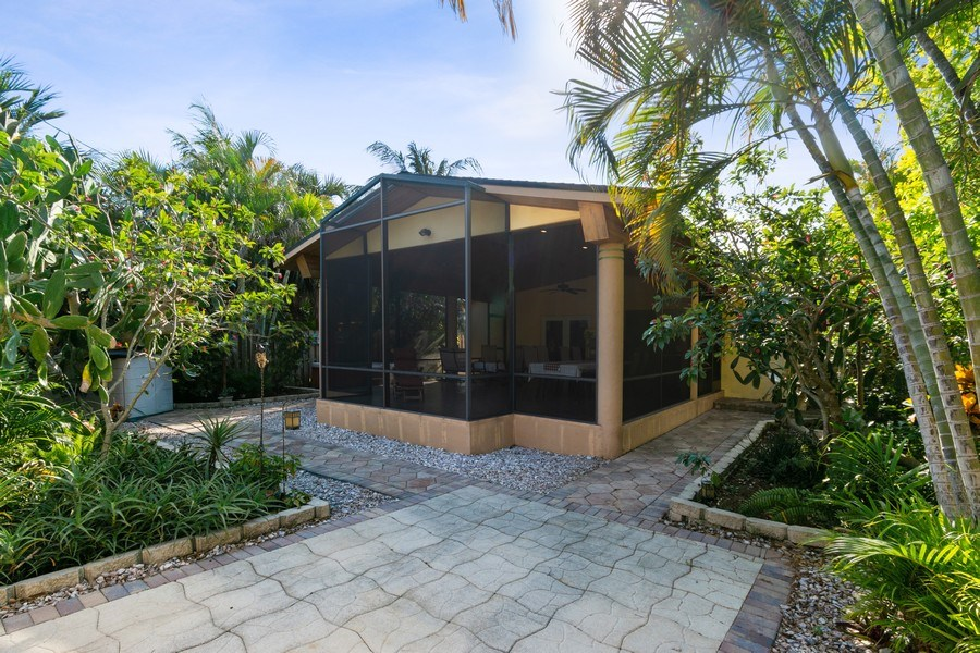 Real Estate Photography - 1324 NE 16 Terrace, Fort Lauderdale, FL, 33304 - Rear View