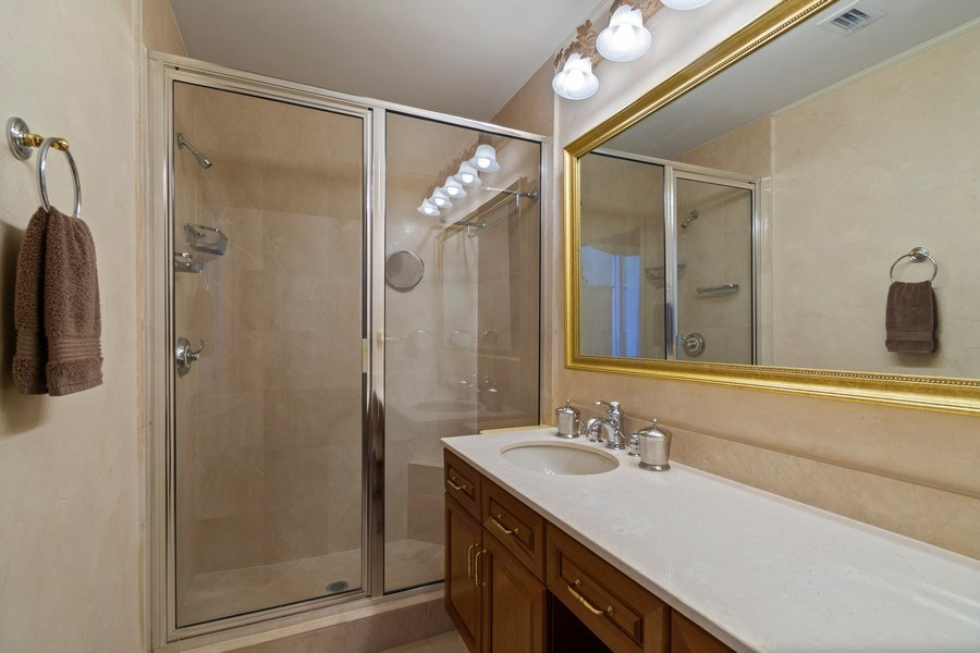 Real Estate Photography - 6051 N Ocean Dr, Unit 1703, Hollywood, FL, 33019 - Bathroom