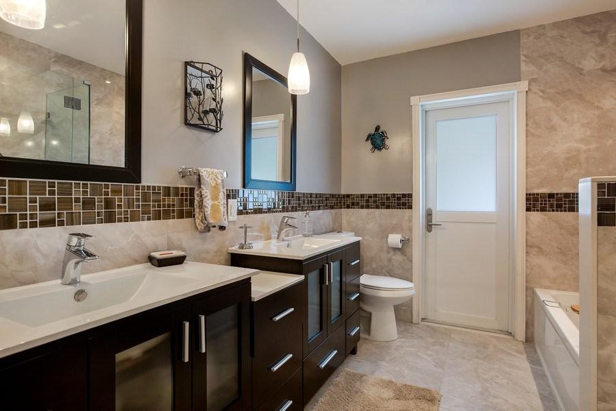 Real Estate Photography - 7900 SW 144 Street, Palmetto Bay, FL, 33158 - 3rd Bathroom