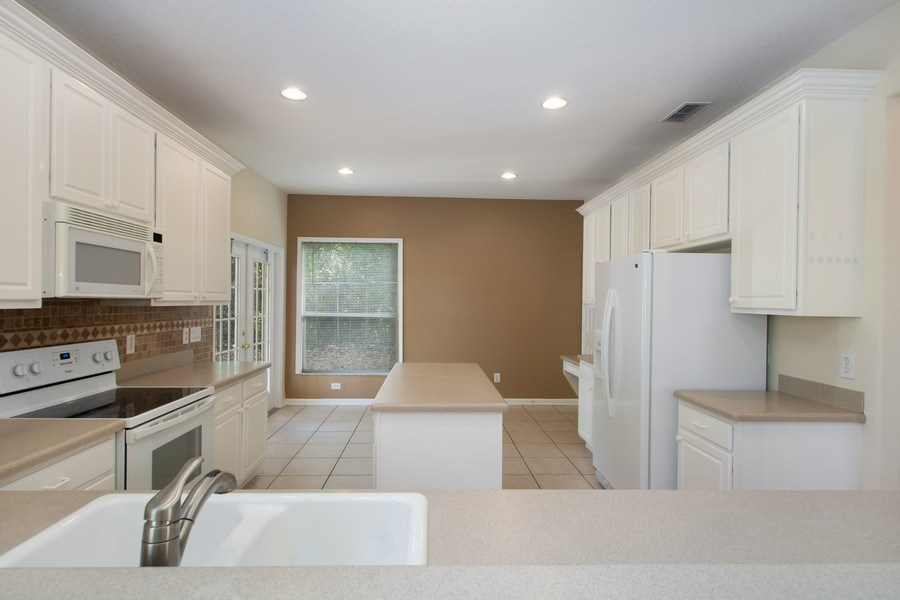 Real Estate Photography - 648 Caledonia Pl, Sanford, FL, 32771 - Kitchen