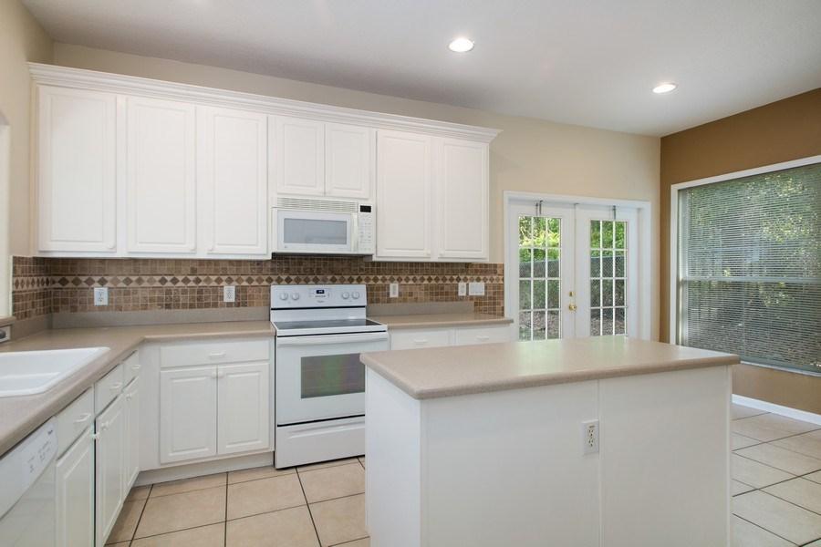 Real Estate Photography - 648 Caledonia Pl, Sanford, FL, 32771 - Kitchen