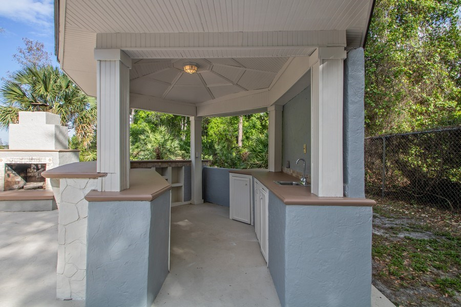 Real Estate Photography - 648 Caledonia Pl, Sanford, FL, 32771 - Deck