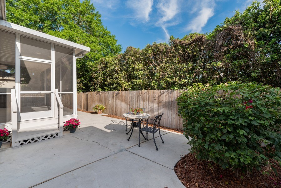 Real Estate Photography - 2652 QUEEN MARY PLACE, MAITLAND, FL, 32751 - FENCED BACK YARD