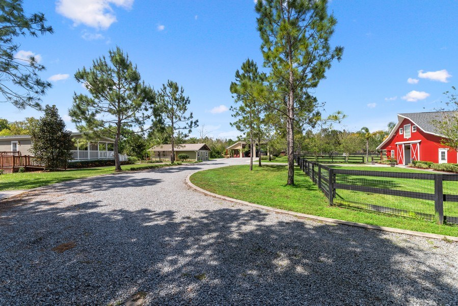 Real Estate Photography - 1630 Lake Mills Rd, Chuluota, FL, 32766 - Location 1
