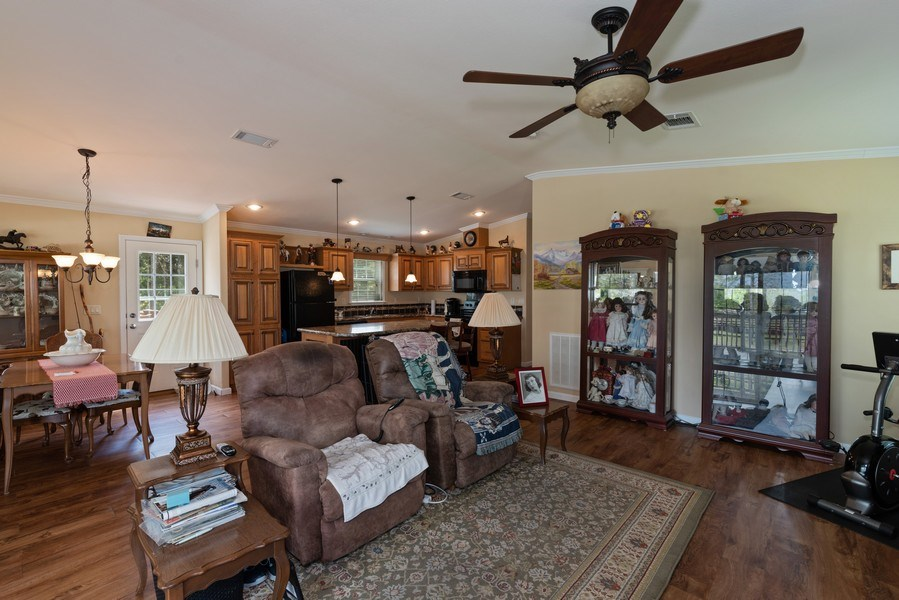 Real Estate Photography - 1630 Lake Mills Rd, Chuluota, FL, 32766 - Guest House Family Room