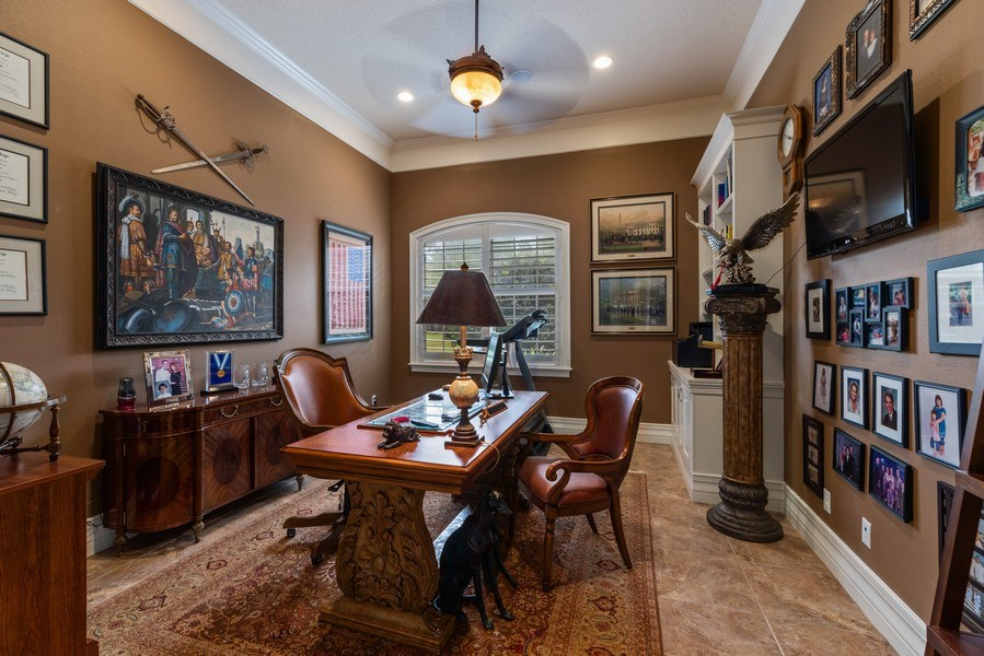 Real Estate Photography - 1630 Lake Mills Rd, Chuluota, FL, 32766 - Office