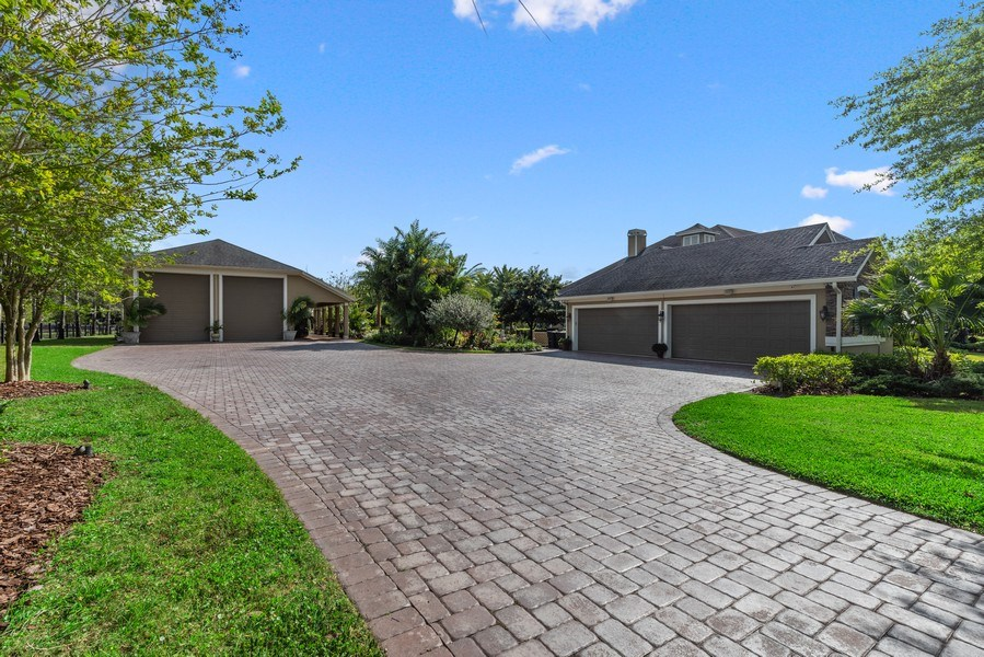 Real Estate Photography - 1630 Lake Mills Rd, Chuluota, FL, 32766 - Side View