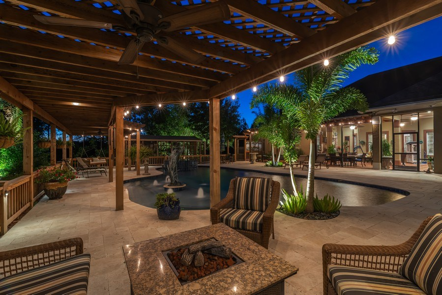 Real Estate Photography - 1630 Lake Mills Rd, Chuluota, FL, 32766 - Patio