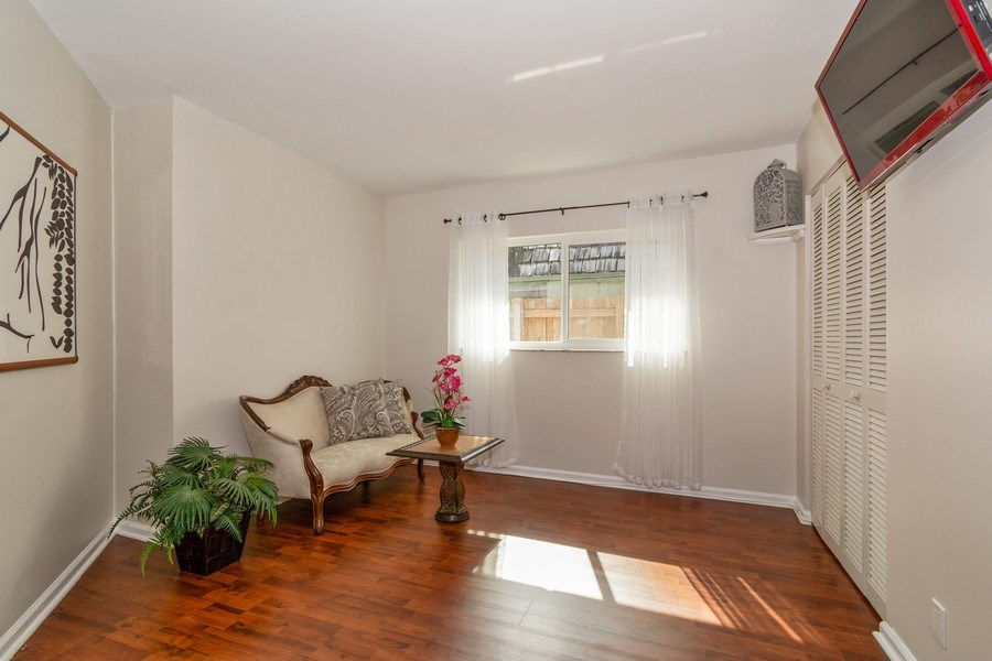 Real Estate Photography - 2434 SW 19th St, Fort Lauderdale, FL, 33312 - 2nd BEDROOM