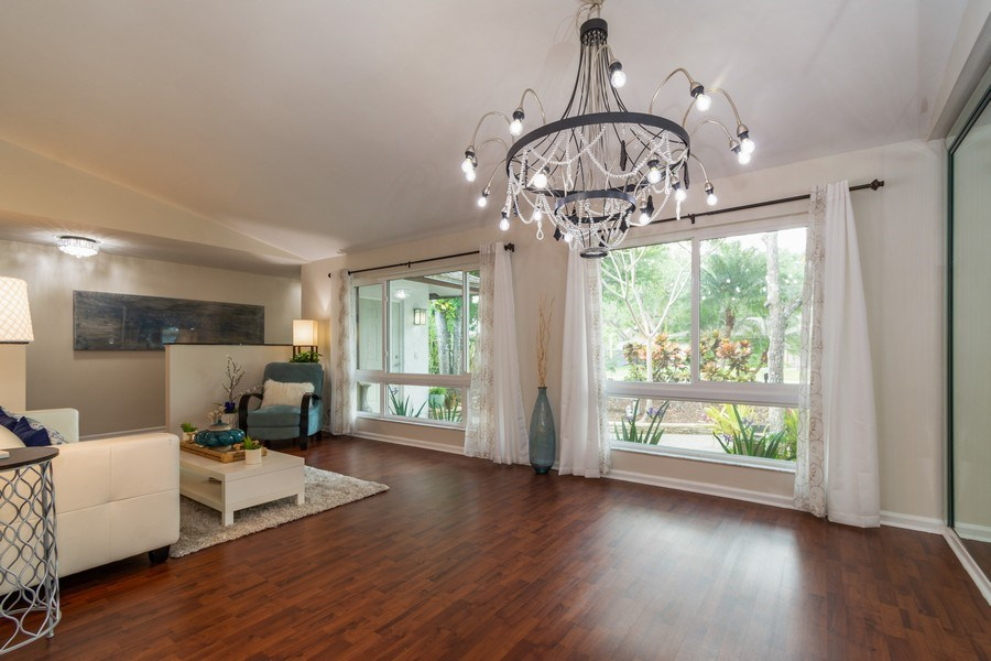 Real Estate Photography - 2434 SW 19th St, Fort Lauderdale, FL, 33312 - Dining Room