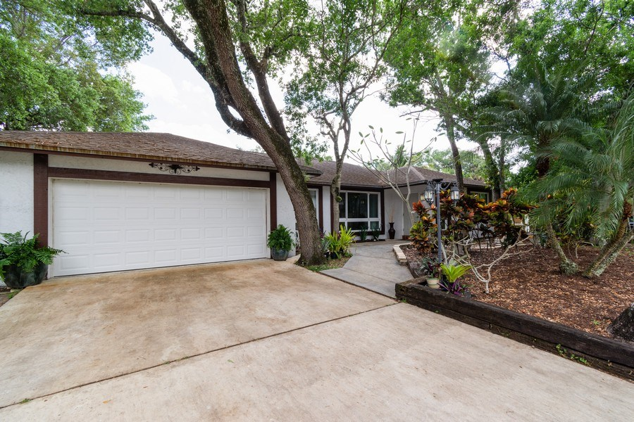 Real Estate Photography - 2434 SW 19th St, Fort Lauderdale, FL, 33312 - Front View