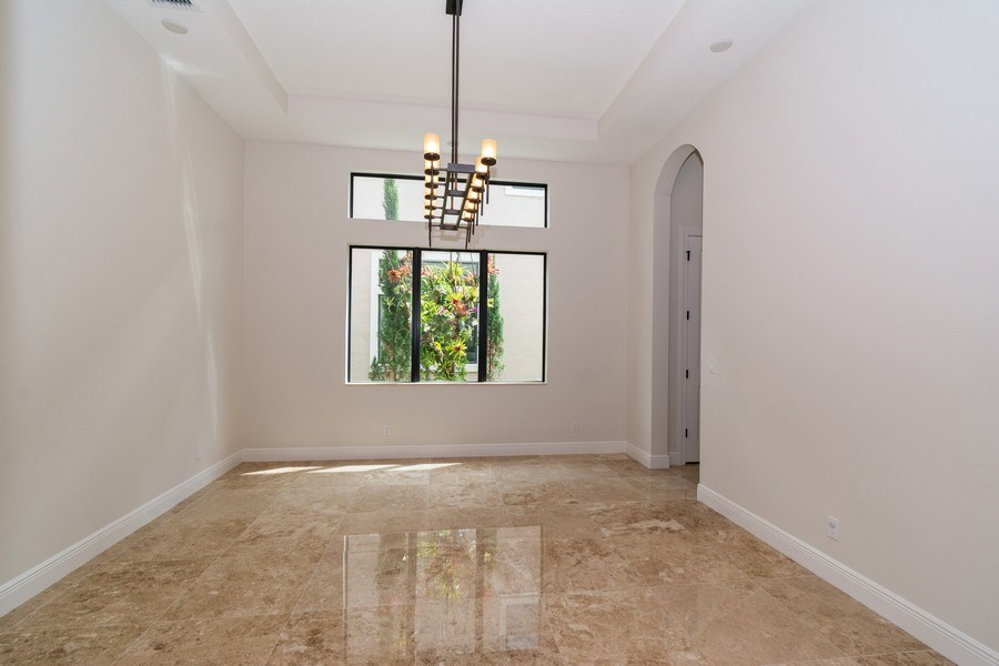 Real Estate Photography - 10262 Sweet Bay Manor, Parkland, FL, 33076 - Dining Room