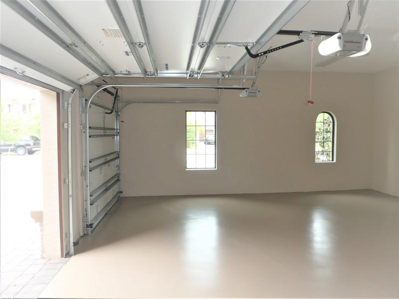 Real Estate Photography - 10262 Sweet Bay Manor, Parkland, FL, 33076 - 2 Car Garage