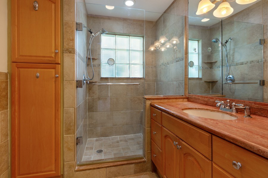 Real Estate Photography - 4700 NE 26 Ave, Ft Lauderdale, FL, 33308 - 2nd Bathroom
