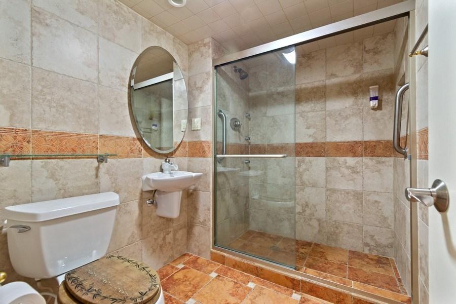 Real Estate Photography - 210 174th St, 1719, Sunny Isles Beach, FL, 33160 - Master Bathroom